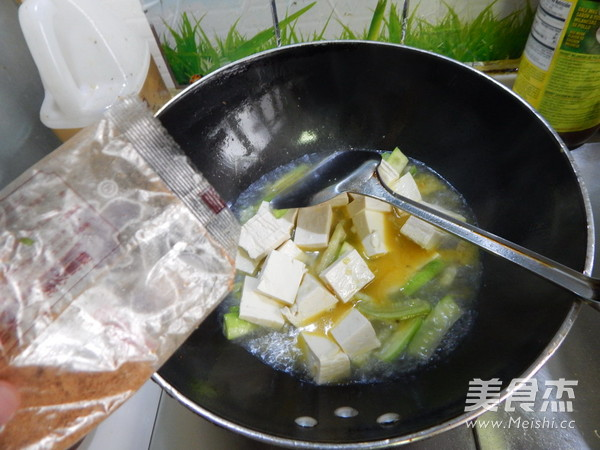 丝瓜烧豆腐怎么炖