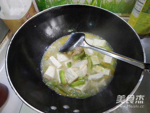 丝瓜烧豆腐怎样煸