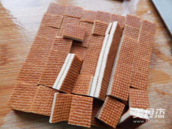 香干拌马兰头的家常做法