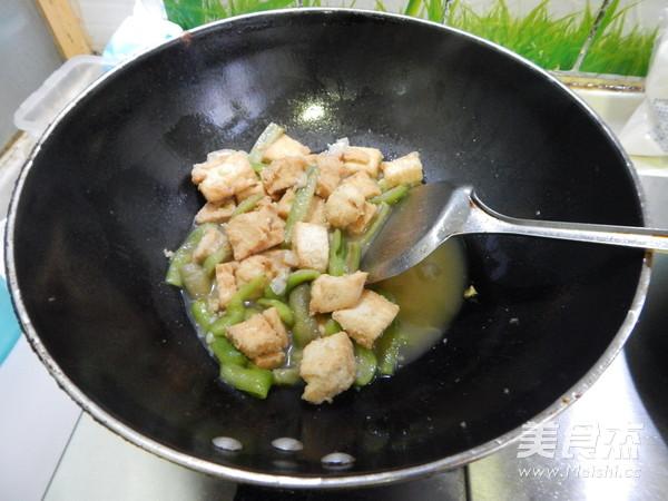 丝瓜烧油豆腐怎样炒