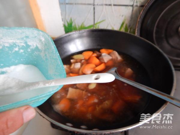 胡萝卜土豆烧牛肉怎么炖