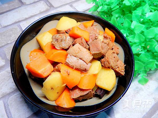 胡萝卜土豆烧牛肉怎样煮
