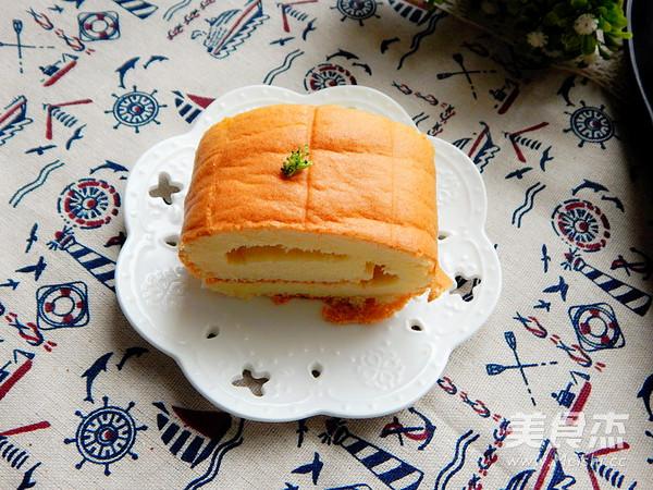 烤蛋糕卷成品图