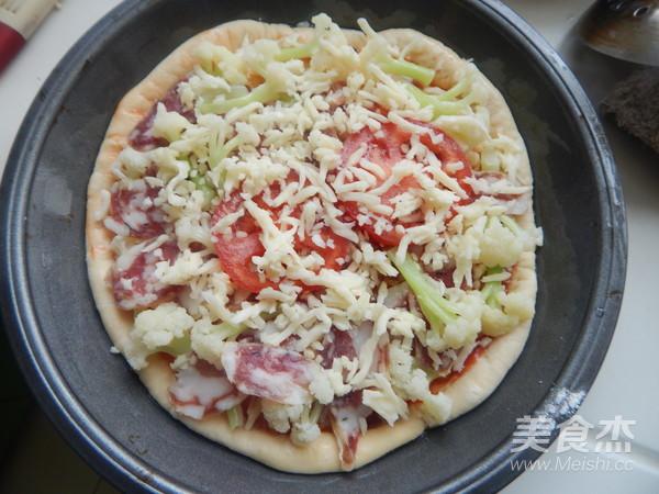 花菜香肠披萨怎么炒