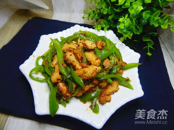青椒炒鸡排成品图