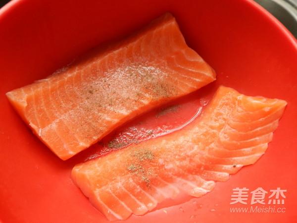 黑胡椒三文鱼的简单做法