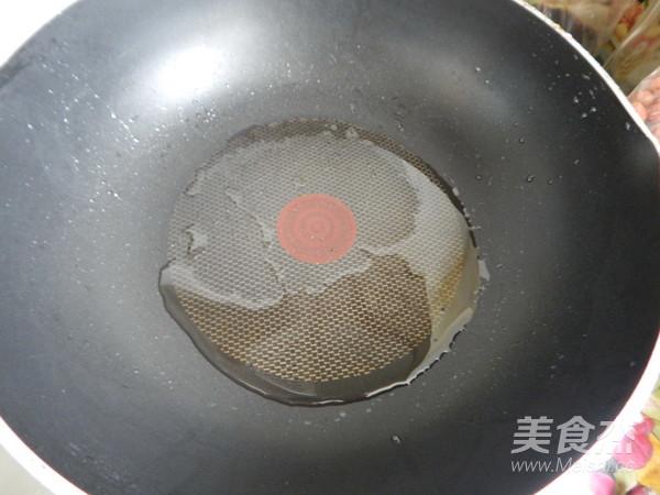 黑胡椒三文鱼怎么炒