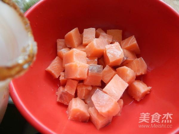 香酥三文鱼块的做法图解
