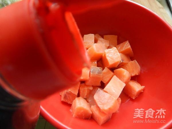 香酥三文鱼块的家常做法