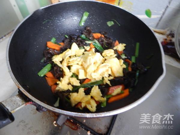 木耳炒鸡蛋怎样煮