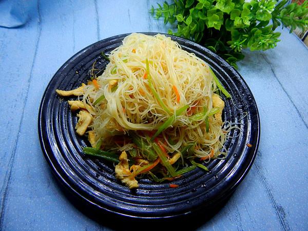 芹菜鸡肉炒米线怎样煮