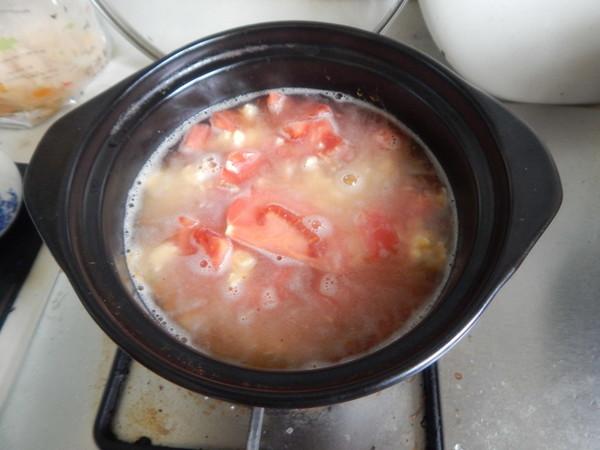 番茄鸡蛋米线汤怎么吃