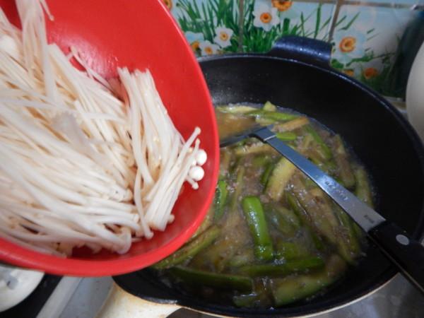 肉末金针菇茄子煲怎样煮
