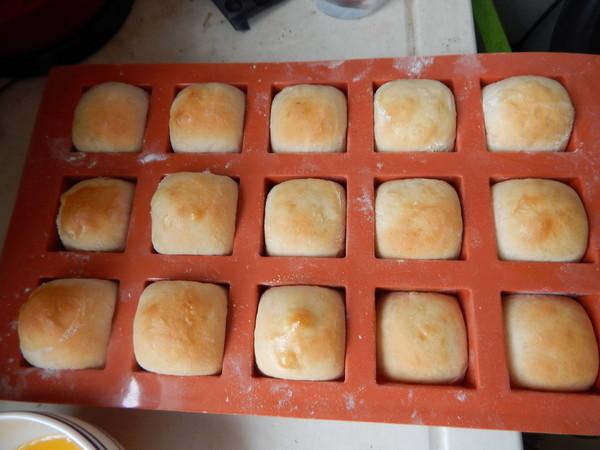 方砖牛奶面包怎么炖