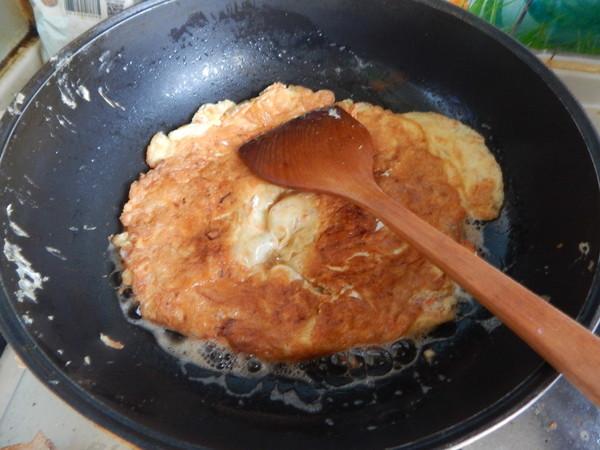 平菇煎鸡蛋怎样做