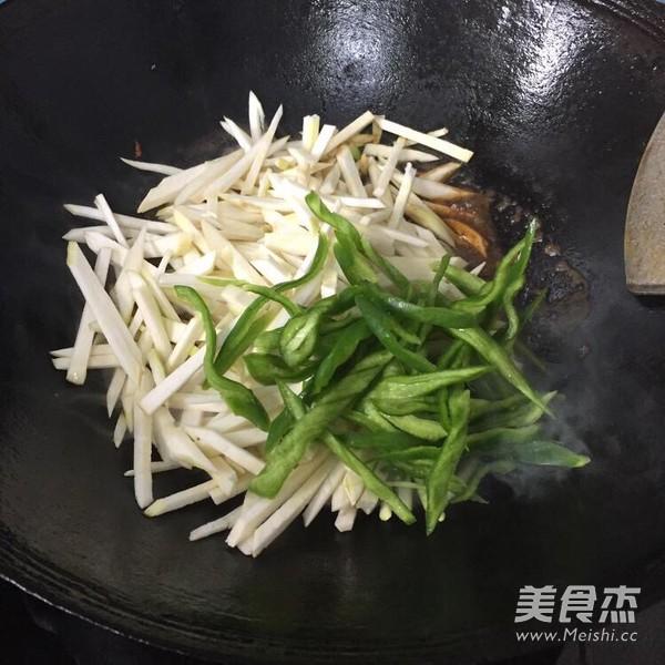 茭白炒肉丝怎么吃