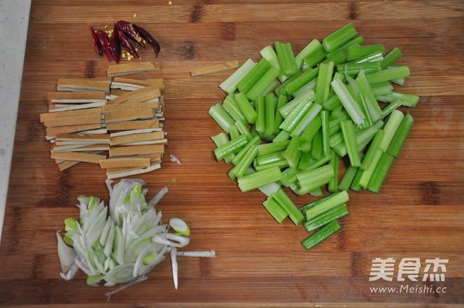 西芹炒豆干的做法图解