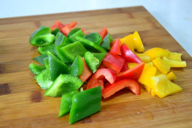 愛心滿滿的黑椒蔬菜牛排的步驟