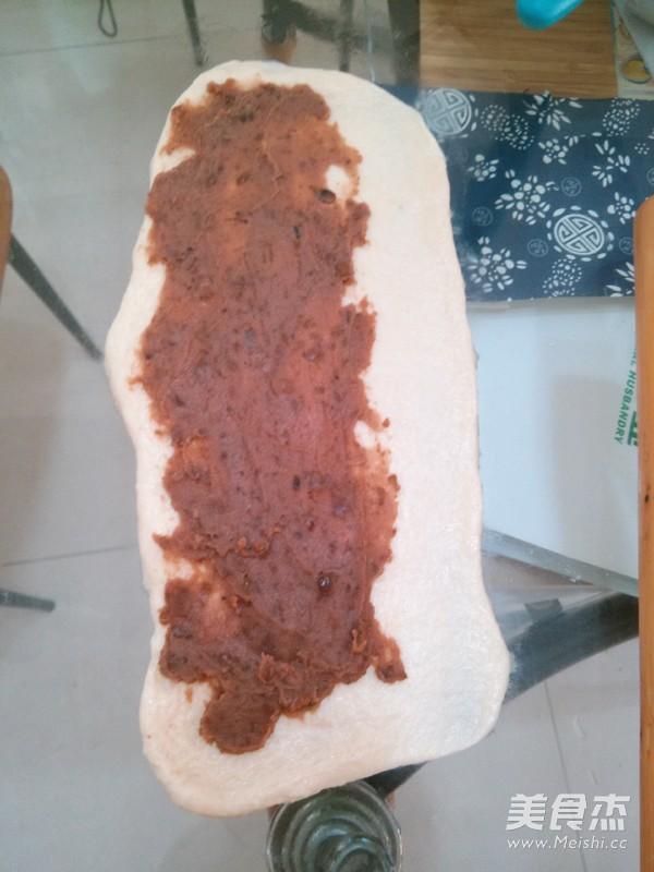 绿豆沙辫子面包怎么吃