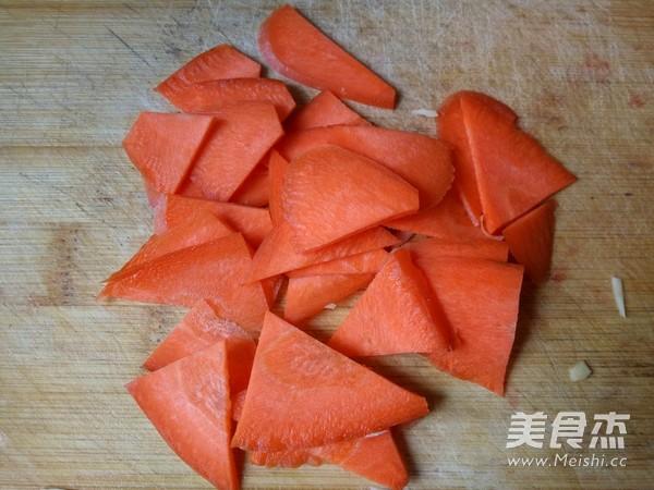 黑木耳炒冬笋的简单做法