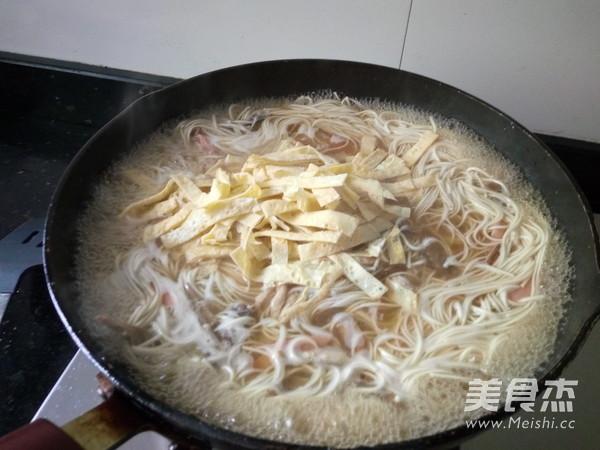 香肠蛋丝面怎么煮