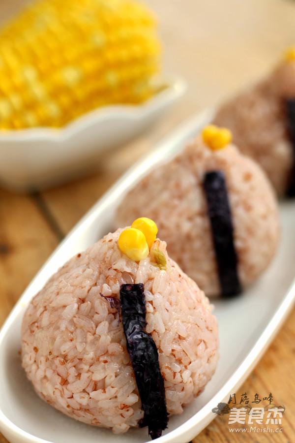 榨菜絲雙米飯團成品圖