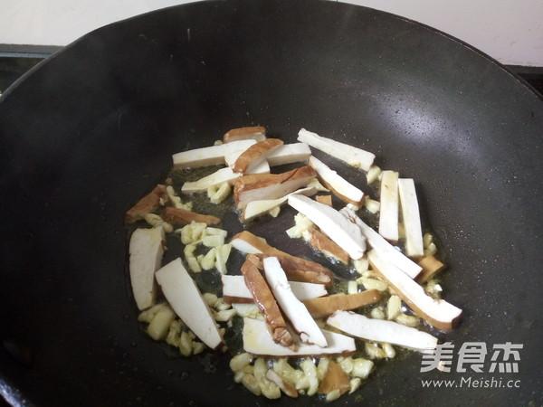 豆腐干炒空心菜的简单做法