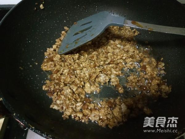 香菇炒肉酱怎么煮