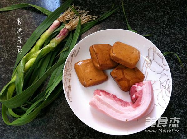 蒜香豆干五花肉的做法大全