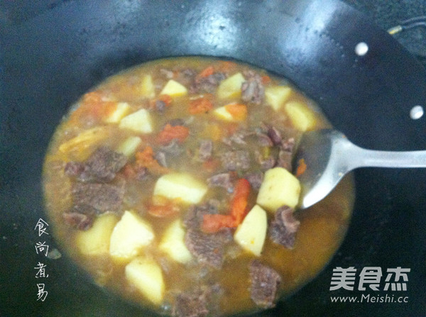 番茄土豆炖牛腩怎样炖