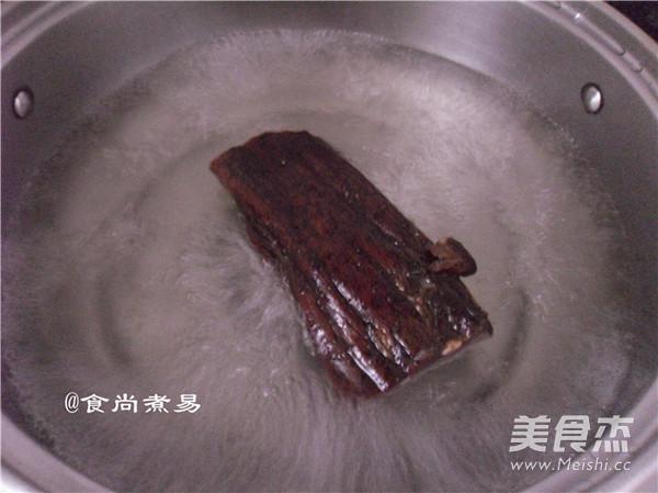腊肉炒萝卜干的家常做法