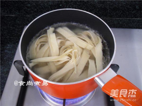 浓汤杂菜锅怎么吃