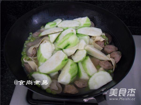 浓汤杂菜锅的制作