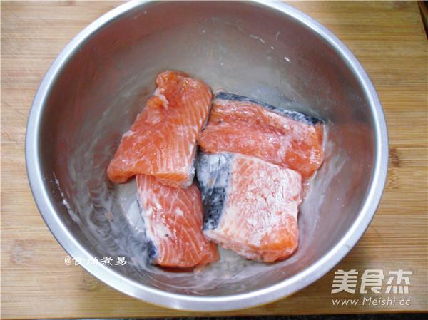 干煎三文鱼怎么吃