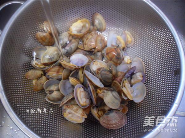 辣爆花蛤怎么吃