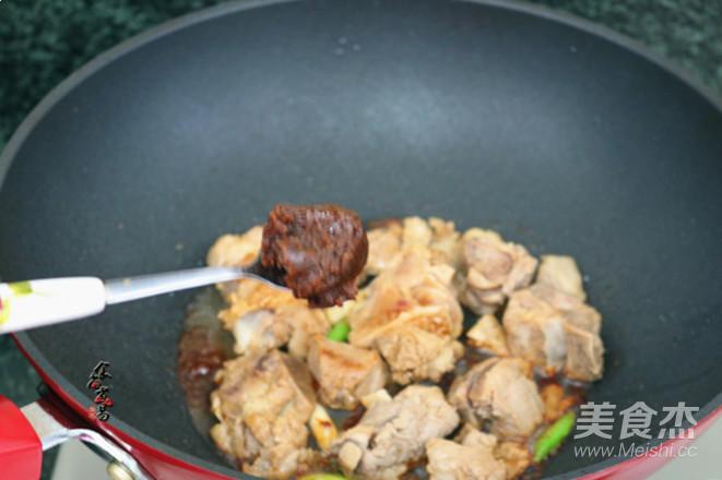 香辣干锅排骨怎么做