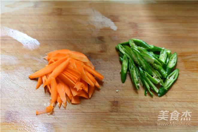 辣椒豆豉鲮鱼拌面的做法图解