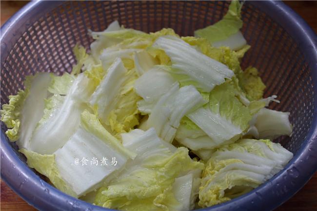 五花肉豆腐白菜煲的做法图解