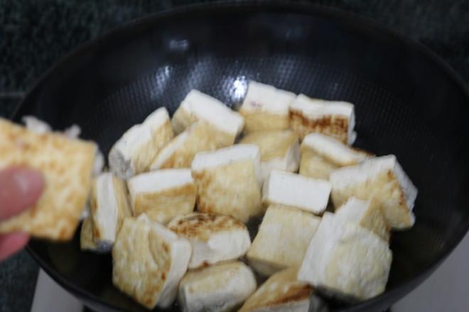 鸡汤炖豆腐怎么做