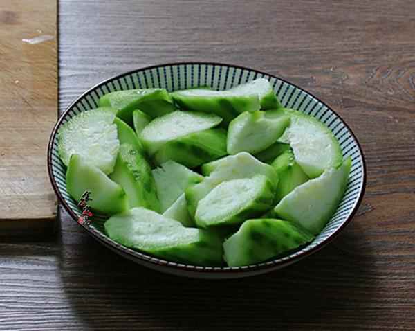 蒜蓉蒸丝瓜的做法图解