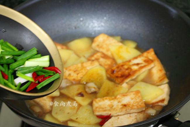 肉香土豆焖豆腐怎么煮