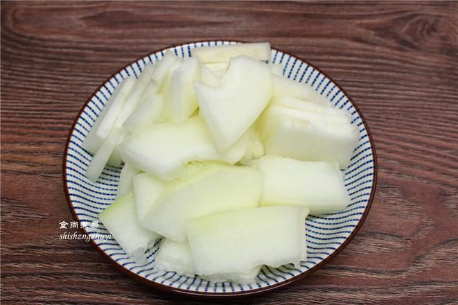 木耳黄花菜煲腐竹的做法图解