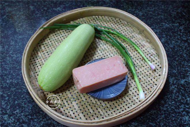 美味西葫芦卷的做法大全