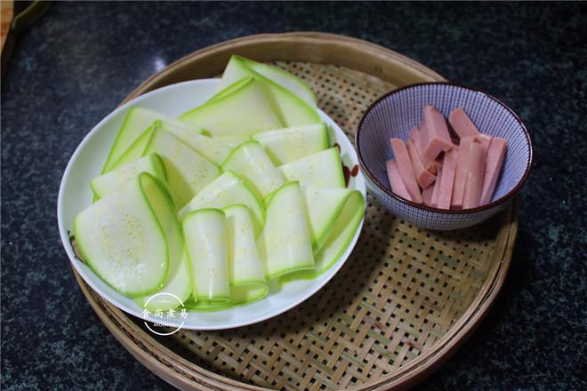美味西葫芦卷的做法图解