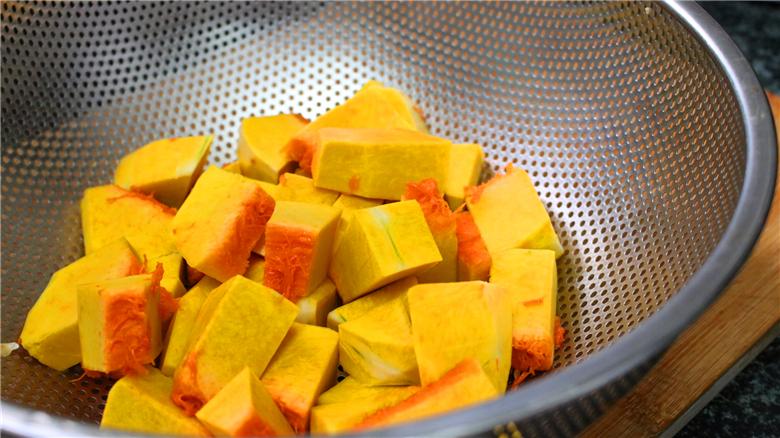南瓜焖饭的家常做法
