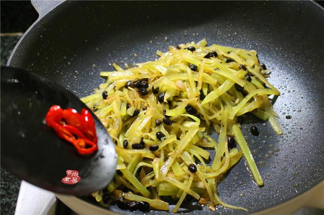 豆豉辣椒炒莴笋怎么做