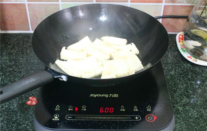 胡萝卜煎焖豆腐的家常做法