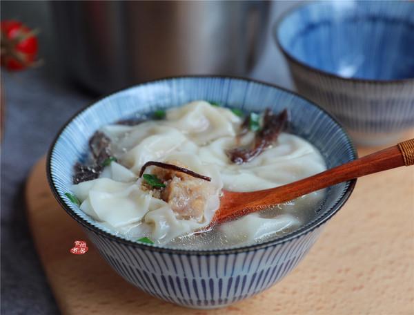 虾皮香菇鲜肉馄饨成品图