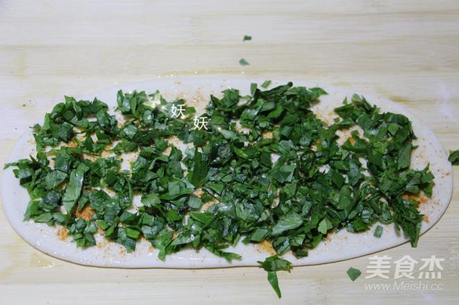 芹菜叶子千层饼怎么煮