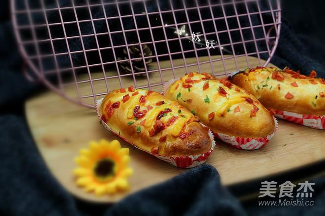 一次性发酵香葱芝士面包成品图